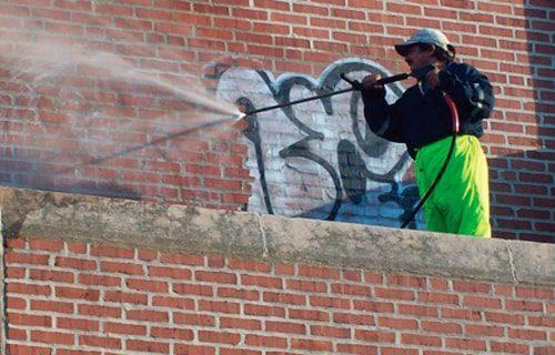 servicios de limpieza y eliminacion de grafitis en madrid