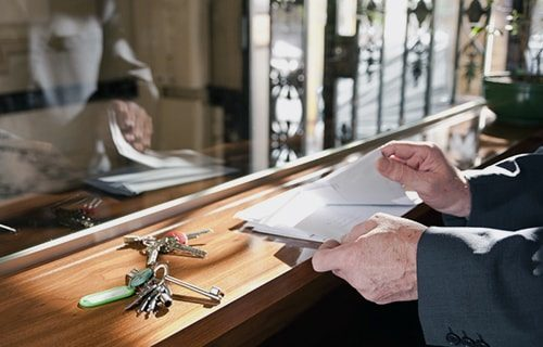 servicios de conserjería y conserjeria 24 horas para comunidades en madrid